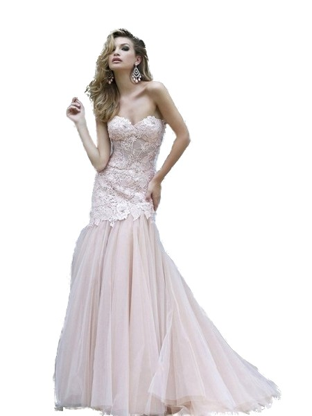 16daf157e582f Scalloped Lace Sweetheart Evening Dress